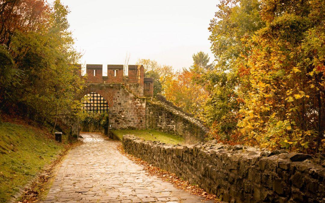 Ősszel is válaszd a Dunakanyar legszebb kisvárosát, Visegrádot!